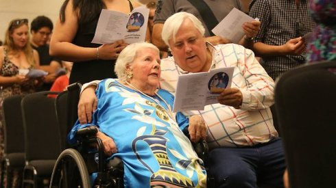Clive Palmer sings with his mum Nancy, at a Christmas Day lunch hosted for 600 disadvantaged people in 2012. Picture: Glenn Barnes